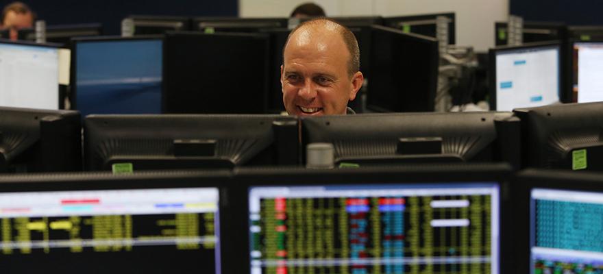 smiling-trader