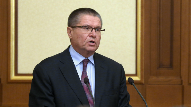 Впервый раз в новейшей истории РФ навзятке попался действующий министр
