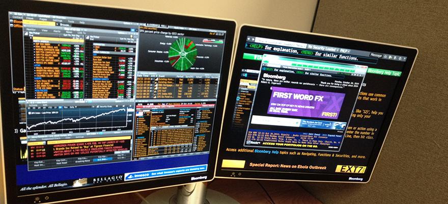 Bloomberg_Terminal_and_keyboard-1